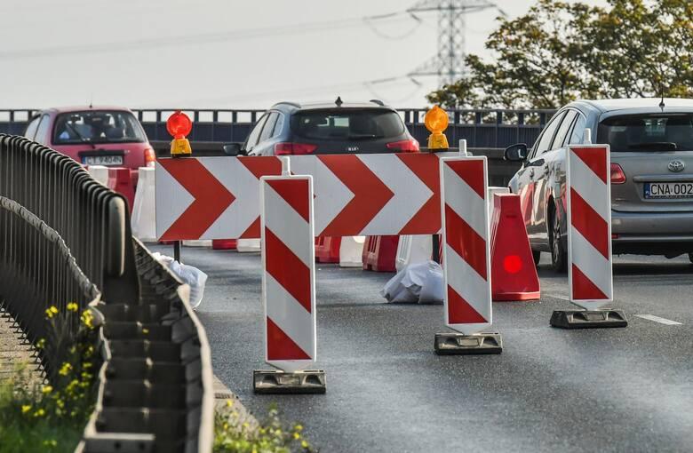 Zarząd Dróg Miejskich i Komunikacji Publicznej w Bydgoszczy informuje o pracach remontowych, które będą miały istotne znaczenie dla ruchu na Wiaduktach