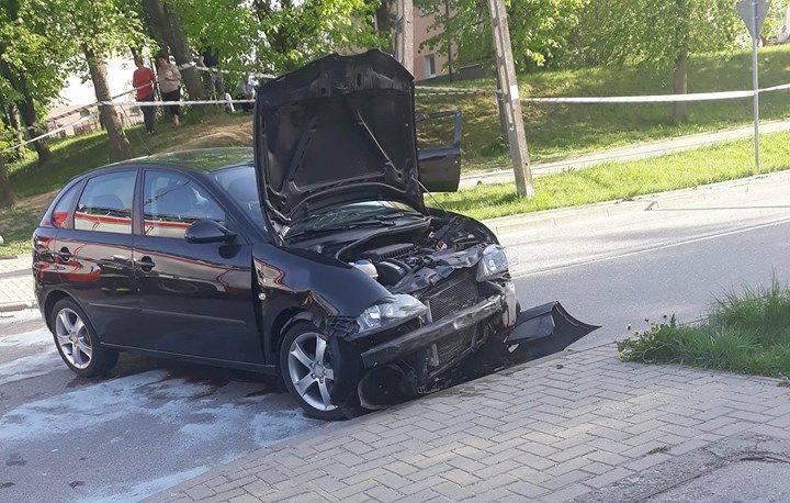 W czwartek, o godz. 16.20, na ulicy Piłsudskiego w Supraślu doszło do wypadku.Zdjęcia otrzymaliśmy dzięki uprzejmości fanpejdża Kolizyjne Podlasie, na