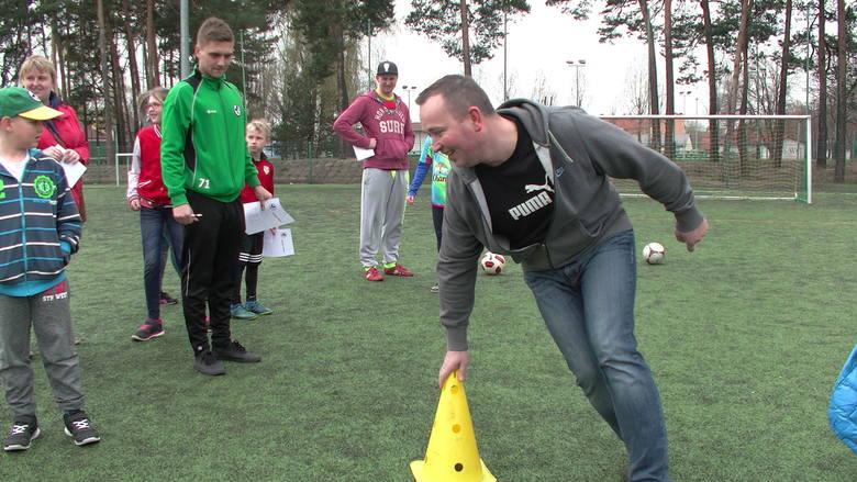Turbo Kozak z Falubazem - w sobotę 9 kwietnia na sztucznym boisku piłkarskim przy ul. Sulechowskiej w Zielonej Górze śmiałkowie zmierzy się z konkurencjami