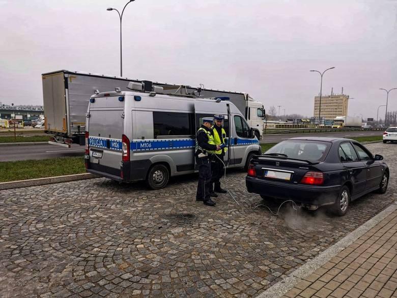 Akcja Smog. Działania policji na podlaskich drogach. Można stracić dowód i dostać mandat [12.12.2019]
