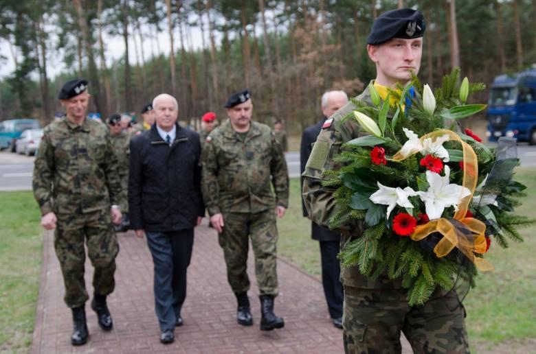 Uroczystości rozpoczęły się w kościele garnizonowym Parafii Wojskowej p.w. Matki Bożej Hetmanki Żołnierza Polskiego w Żaganiu, a następnie kontynuowane
