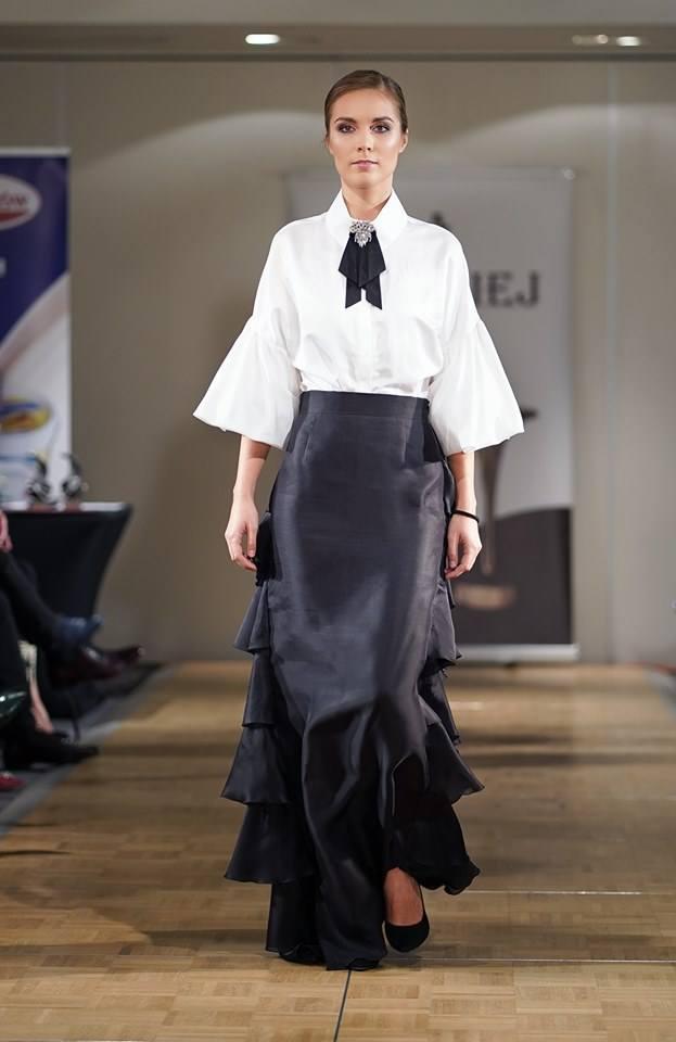 Pani psycholog zamieniła swój gabinet na atelie projektantki mody. Historia Doroty Goldpoint to dowód na to, że nigdy nie jest za późno, by coś w życiu