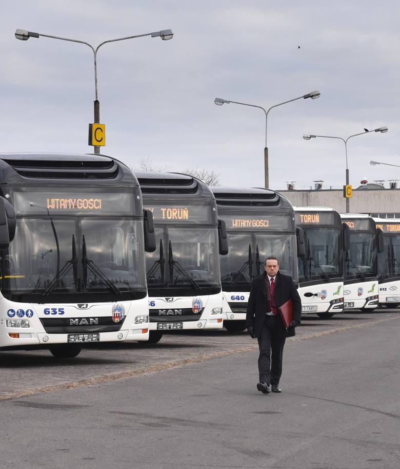 - Terminy składania ofert na zakup elektrycznych autobusów i tramwajów zostały przesunięte, gdyż otrzymaliśmy dużo pytań od potencjalnych oferentów oraz