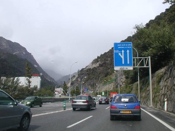 Andora, księstwo w Pirenejach - czyli podróże z Nowinami