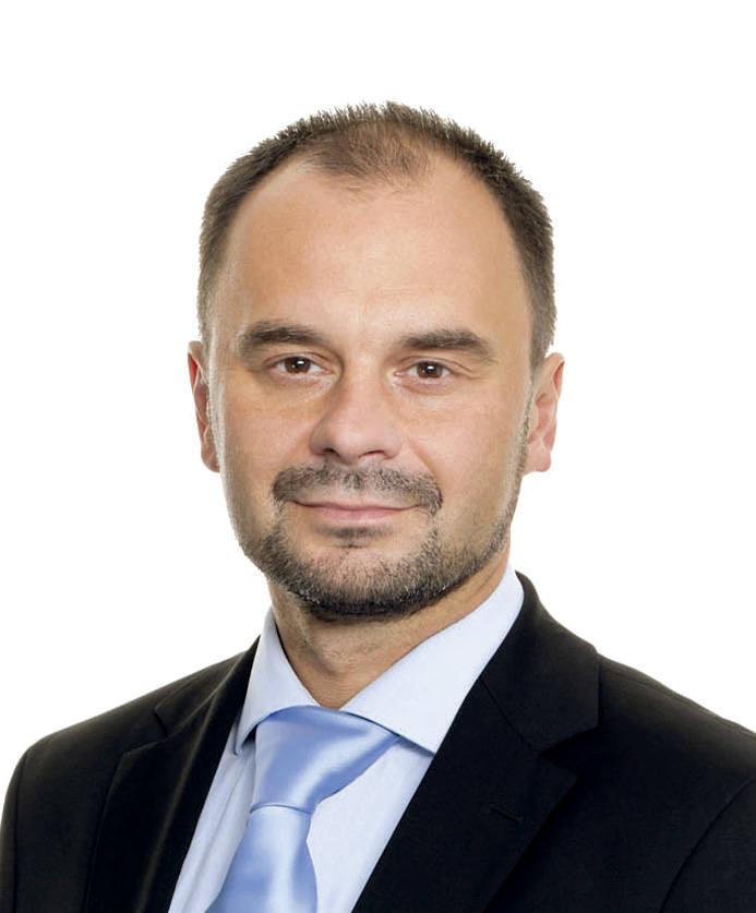 """Adam Banaszak i Prawo i Sprawiedliwość prowadzą w sondzie SMS-owej """"Gazety Pomorskiej"""""""