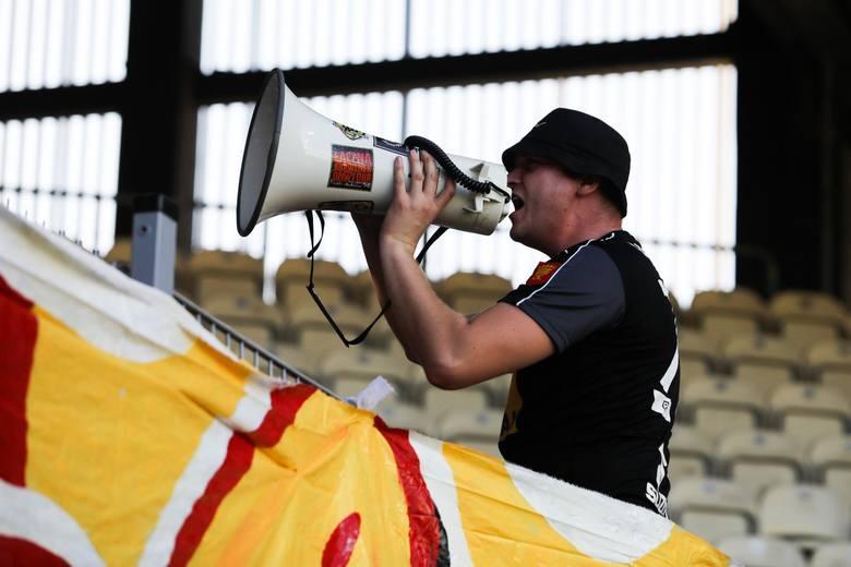 Kibice Korony wspierali swój zespół w Krakowie. Zobacz fanów na trybunach stadionu Cracovii [ZDJĘCIA]
