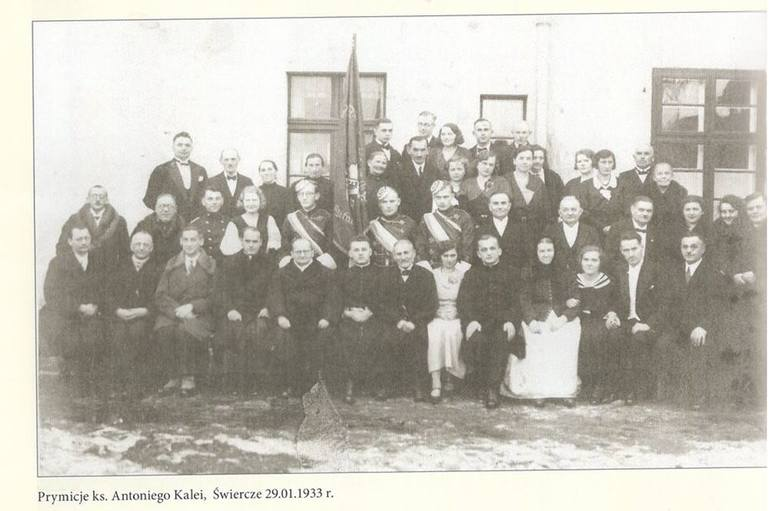Prymicje ks. Antoniego Kalei w Świerczu w 1933 r. Studia księdza Kalei sponsorował Jan Henryk von Studnitz.