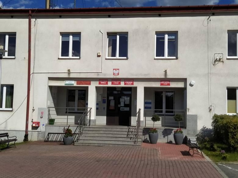 27 maja 1990 roku odbyły się  pierwsze wybory do samorządu terytorialnego w Polsce, po 40 latach przerwy. W Kowali wybieraliśmy Radę Gminy, która następnie