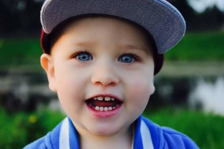 Chcesz, aby buzia Twojego dziecka uśmiechała się z bożonarodzeniowej okładki tygodnika Głosu? Nic prostszego zgłoś go do naszej nowej zabawy!Uśmiechnięte,