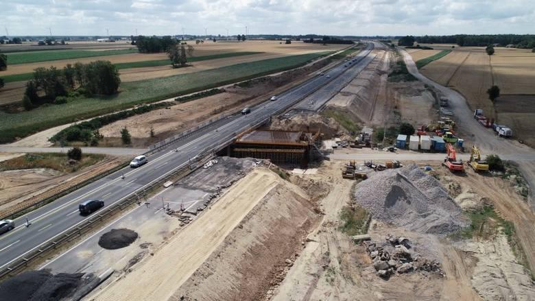 Tuszyn - Piotrków Trybunalski Południe- W tym roku planujemy umożliwić kierowcom ominięcie Częstochowy, oddając do użytku ponad ok. 26-kilometrowy odcinek
