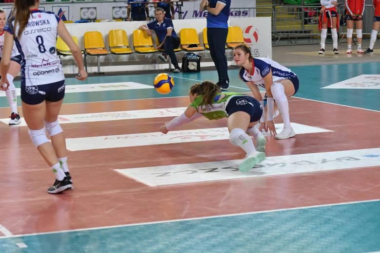 Bank Pocztowy Pałac, choć prowadził 2:0, ostatecznie przegrał u siebie z Radomką Radom 2:3 w kolejnym meczu LSK.Bydgoszczanki były o krok od wygrania