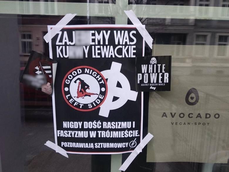 """""""Zaj... was, k… lewackie.."""": Rozpoczął się proces za faszystowskie plakaty na restauracjach"""