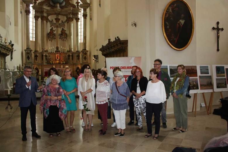Wystawą zakończył się IX Ogólnopolski Plener Malarski w powiecie. Prace wyeksponowane zostały w  kościele pw. śś. Piotra i Pawła, a wystawę otworzył