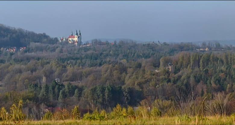 61. Kalwaria Zebrzydowska - miasto - 25 284 złotych rocznie -  - tyle wynosi mediana dochodów wszystkich mieszkańców wypełniających co roku zeznanie