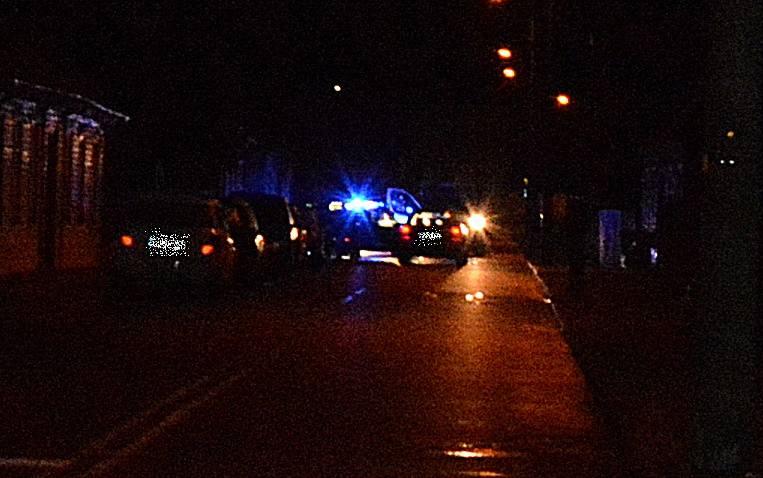 W nocy ze środy na czwartek, około godziny 2:30, uwagę policjantów z Wydziału Patrolowo-Interwencyjnego, którzy pełnili służbę w Suwałkach przy ulicy