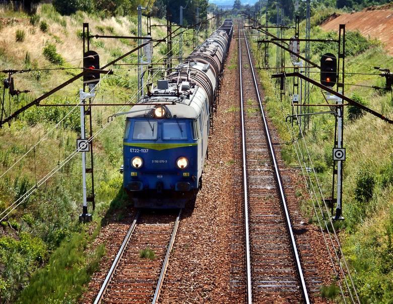 Dziś już wiemy, że pasażerowie pociągów w 2017 roku poskarżyli się na jakość usług PKP 1151 razy.Najwięcej skarg pasażerów dotyczyło braku higieny, niewystarczającej
