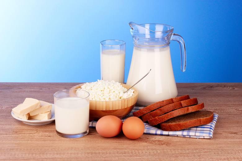 Podstawę diety wątrobowej stanowią białka zwierzęce, m.in. te zawarte w nabiale.