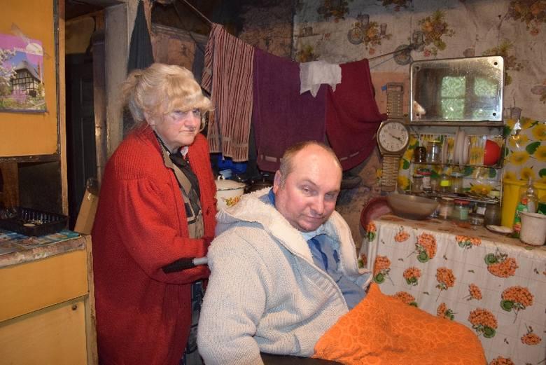 Via dolorosa matki i syna, niewidzialnych  ludzi z Mościsk