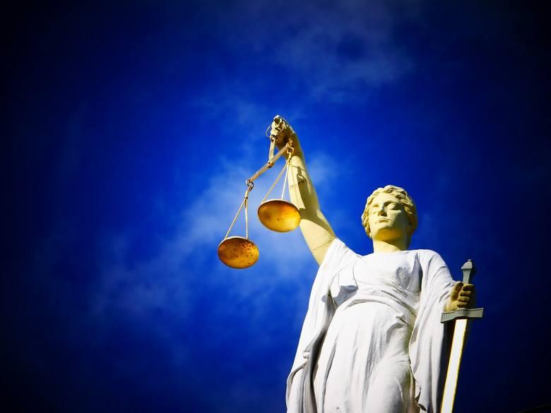 Można zgłupieć oglądając telewizje, słuchając prawników i polityków. Co się dzieje z naszym wymiarem sprawiedliwości?