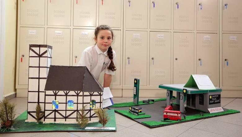 Dzieci miały za zadanie zaprojektować miejsca, budynki, które miałyby znaleźć się w ich wymarzonym mieście. Założenie było jedno: prace mają być wykonane