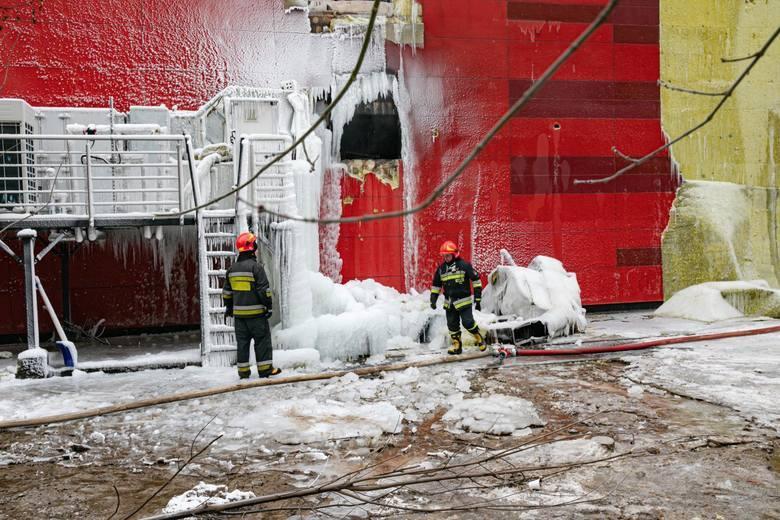 Po dziesięciu dniach strażacy powoli zbliżali się do końca akcji gaśniczej