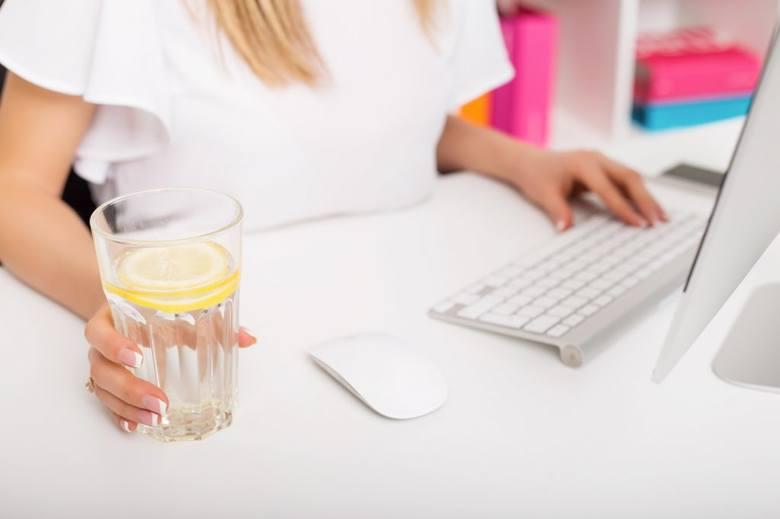 Jak zapewnić w biurze najlepszą wodę do picia?