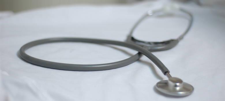 Pijany lekarz zdążył przyjąć sześciu pacjentów w ośrodku zdrowia w Trzebielu