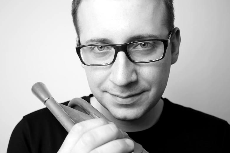 Maciej Fortuna jest artystą koncertującym dziś na całym świecie.
