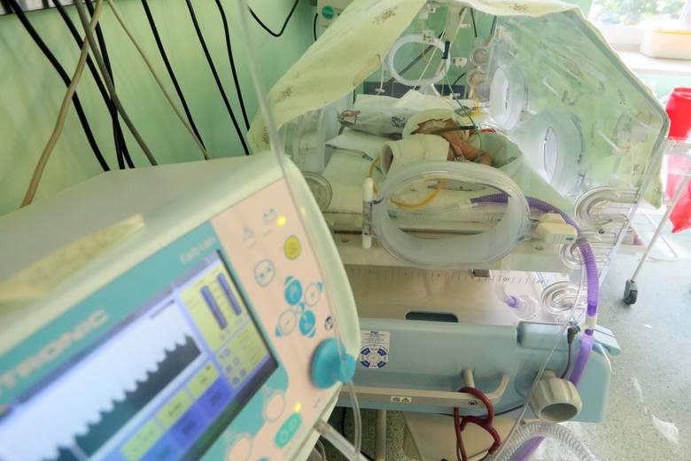 Anestezjolodzy oddelegowani do walki z COVID. Na niektórych porodówkach nie ma możliwości skorzystania ze znieczulenia zewnątrzoponowego