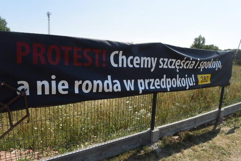 Mieszkańcy Łazu zamierzają walczyć o to, aby trasa nowej obwodnicy była bardziej oddalona od ich miejscowości.