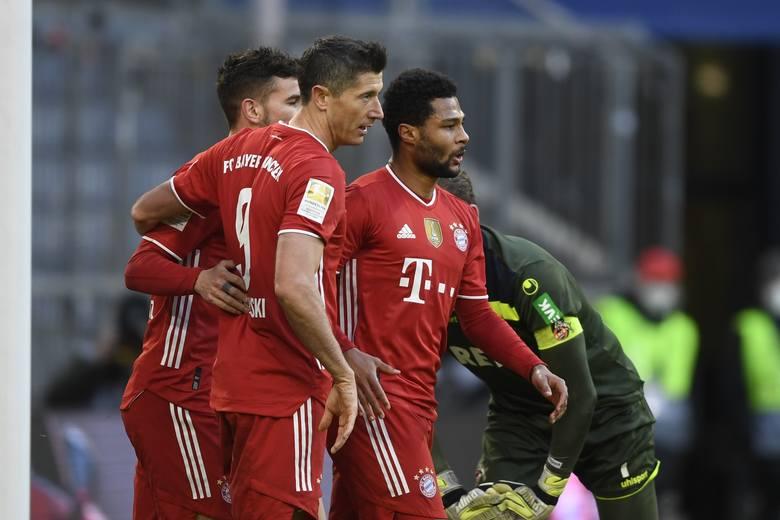 Dopelpack Lewandowskiego! Bayern rozgromił FC Koeln (video)