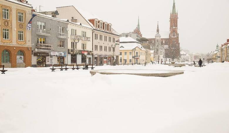 Białystok to miasto na krańcach Polski. Panują tam mrozy. Najsilniejsza grupa skojarzeń odnosi się do warunków klimatycznych oraz położenia w północno-wschodniej