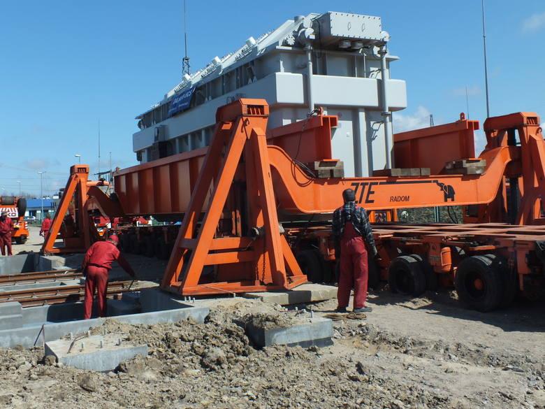 Radomska firma ZTE zajmuje się przewozem ładunków tak zwanych nienormatywnych.