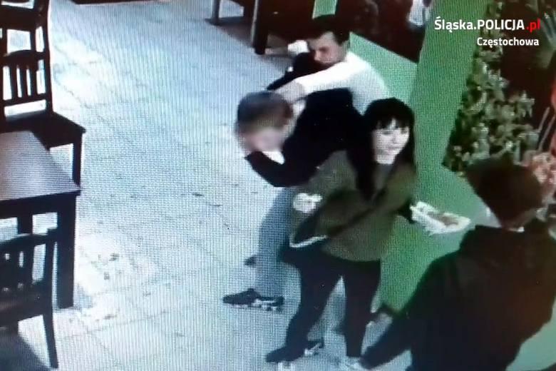 Weszli do lokalu gastronomicznego w Częstochowie i pobili klienta. Ktoś ich zna?