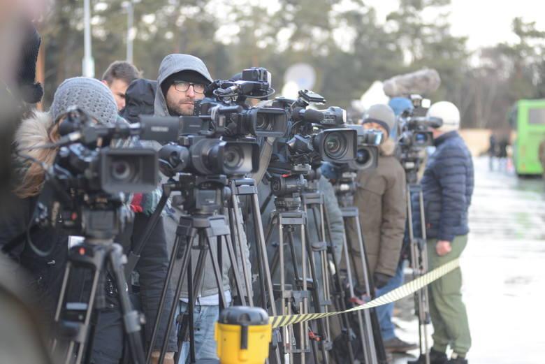Powitanie wojsk amerykańskich relacjonowało ponad 60 dziennikarzy.