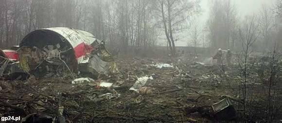 Wrak rządowego samolotu pod Smoleńskiem.