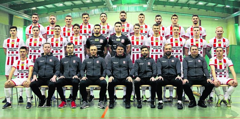 Podkarpaccy piłkarze grający w 1, 2 i 3 lidze wracają do gry. Nasze województwo będą reprezentować w tych ligach Apklan Resovia, Stal Rzeszów, KS Wiązownica,