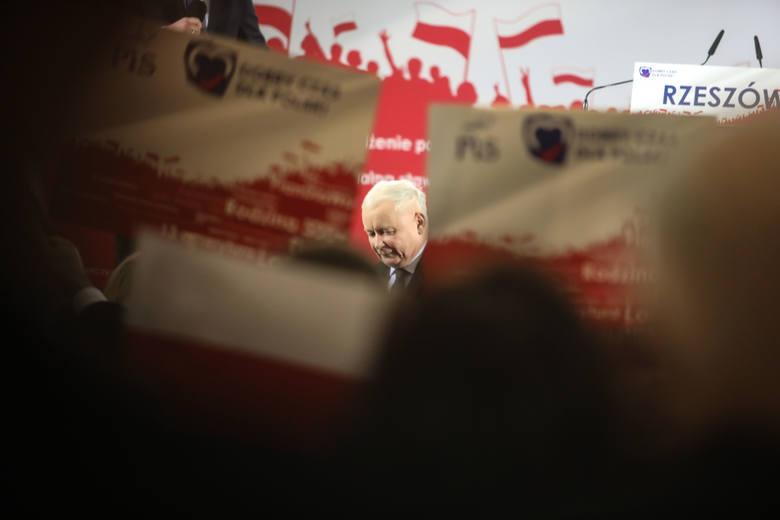 Konwencja wyborcza PiS z prezesem Jarosławem Kaczyńskim w Rzeszowie [ZDJĘCIA]