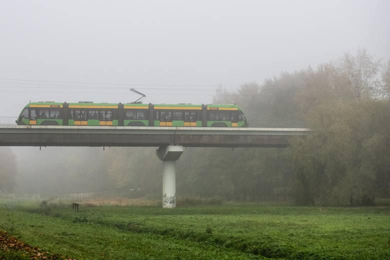 Sprawdziliśmy, które tramwaje w Poznaniu spóźniają się najmniej. Średni wskaźnik punktualności dla poznańskich bimb w październiku 2019 roku wyniósł
