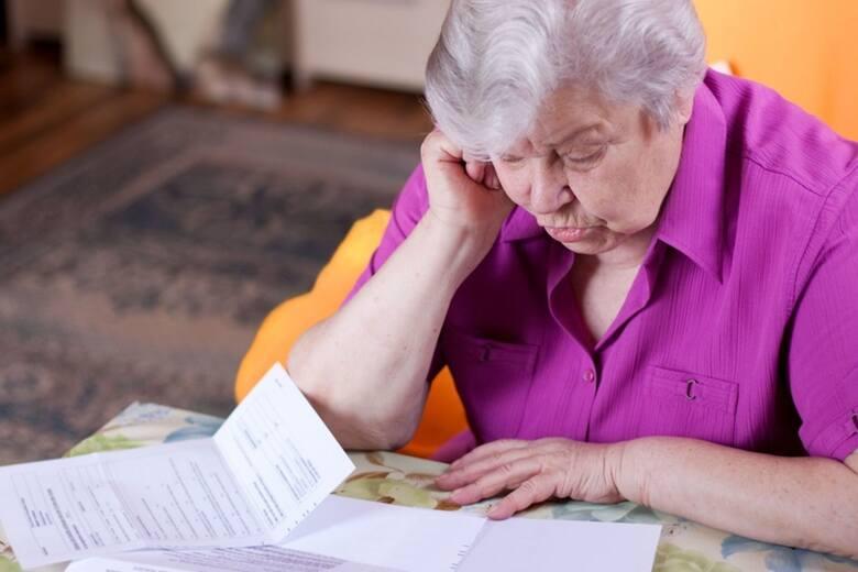 Podwyższenie kwoty wolnej od podatku do 30 tys. oznacza, że zwolnione od podatku będą emerytury do 2,5 tys. brutto. Wielu emerytów zyska więc w skali
