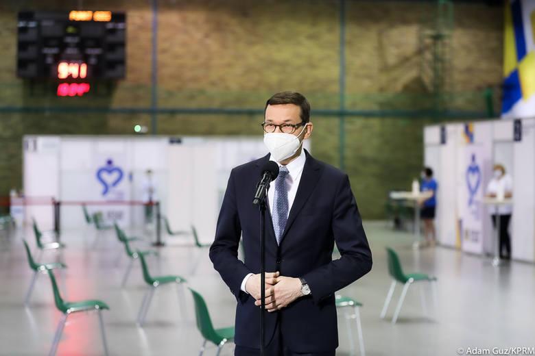 W najbliższą środę rząd ogłosi plany luzowania obostrzeń na najbliższe tygodnie. - To będzie plan na cały maj - zapowiedział minister zdrowia Adam Niedzielski.