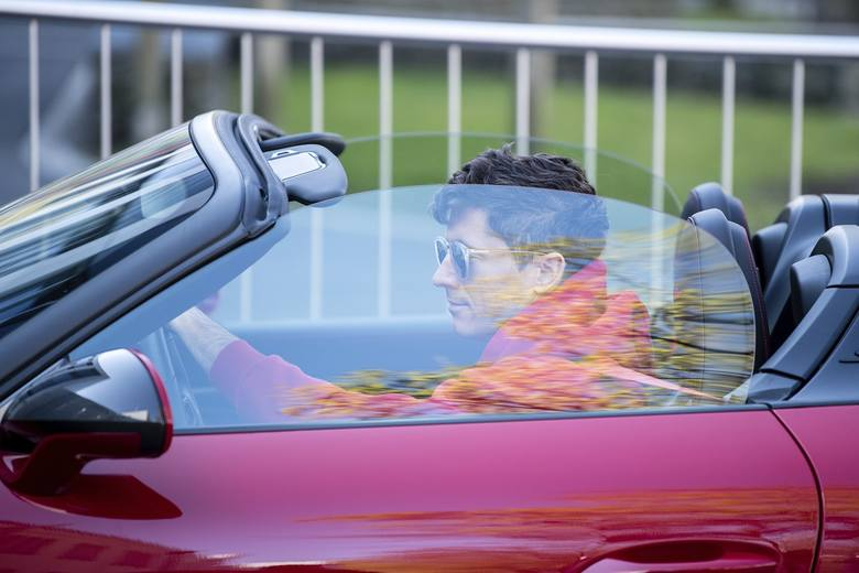 Bayern Monachium wrócił do treningów po przerwie spowodowanej koronawirusem, a Robert Lewandowski przyjechał na zajęcia nowym samochodem. To limitowane