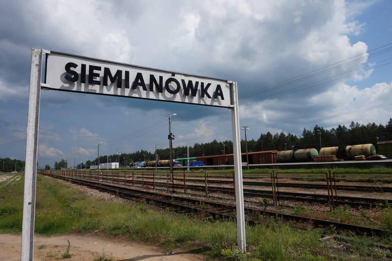 Po 15 latach przerwy wracaja pociągi, które podczas wakacyjnych weekendów będą dowoziły turystów nad Zalew Siemianówka. Składy z Hajnówki do Siemianówki