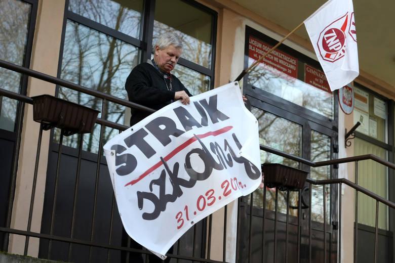 Strajk w Gimnazjum nr 19 na Biskupinie