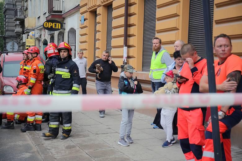 – Szef ekipy przeliczył swoich robotników, nikogo nie brakowało – mówi Łukasz Górczyński z Komendy Miejskiej Państwowej Straży Pożarnej w Łodzi. – Mimo