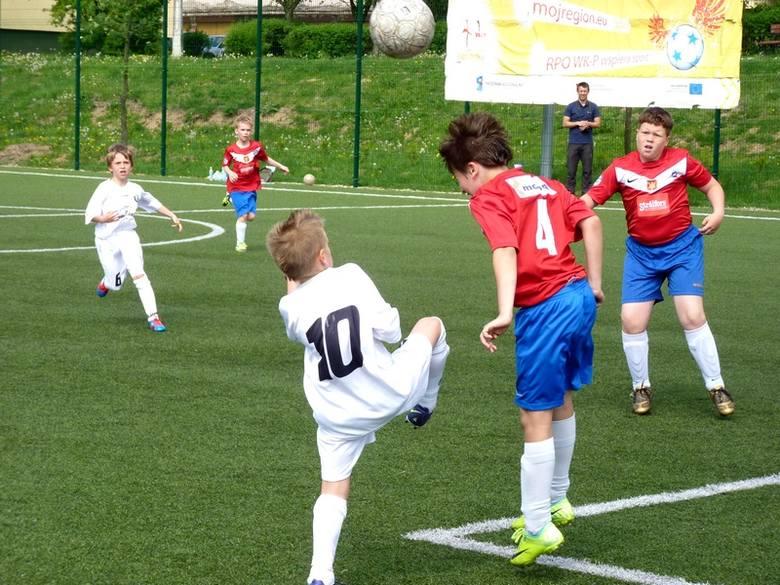 Na boisku Orlik '2012 przy SP8/Gim. 3 Świeciu też zagości Euro '2012. O mistrzowskie tytułu walczyć będą uczniowie szkół podstawowych i gimnazjalnych