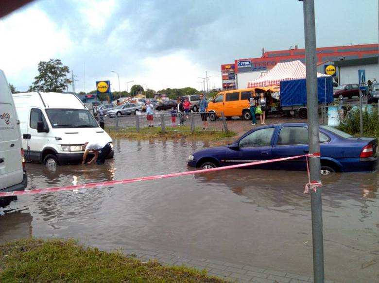 Opady deszczu w Jarosławiu [ZDJĘCIA INTERNAUTY]