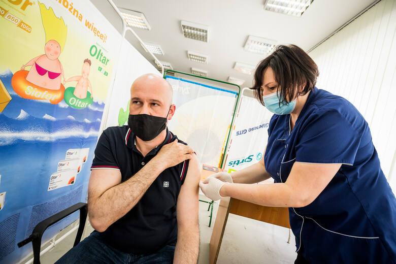 W sobotę 19 czerwca potwierdzono tylko dwa nowe przypadki koronawirusem w Lubuskiem. Były one w Gorzowie i powiecie sulęcińskim, w którym sytuacja jest