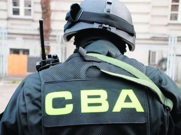 """Wydawca """"Wprost"""" i """"Do Rzeczy"""" zatrzymany przez CBA. Dlaczego?"""