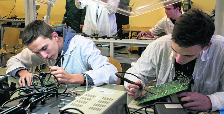W ogólnopolskim rankingu techników na drugim miejscu uplasowało się krakowskie Technikum Łączności nr 14